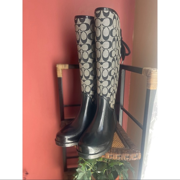 COACH rain boots sz 8